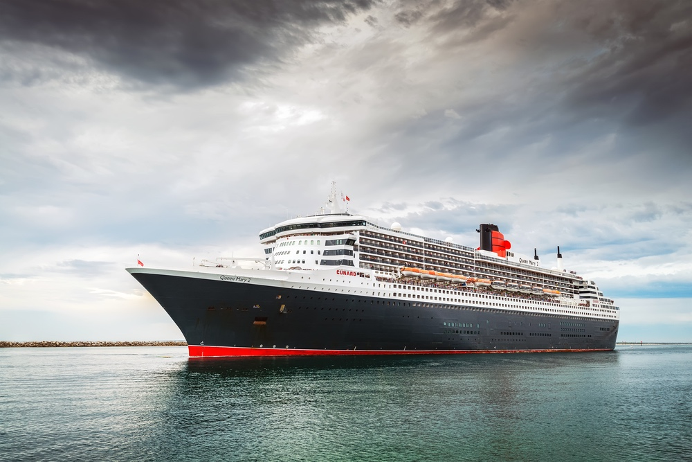 Queen Mary 2 in Port Adelaide