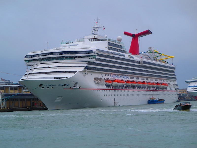 How Many Carnival Cruise Ships Are There - How many cruise ships are there