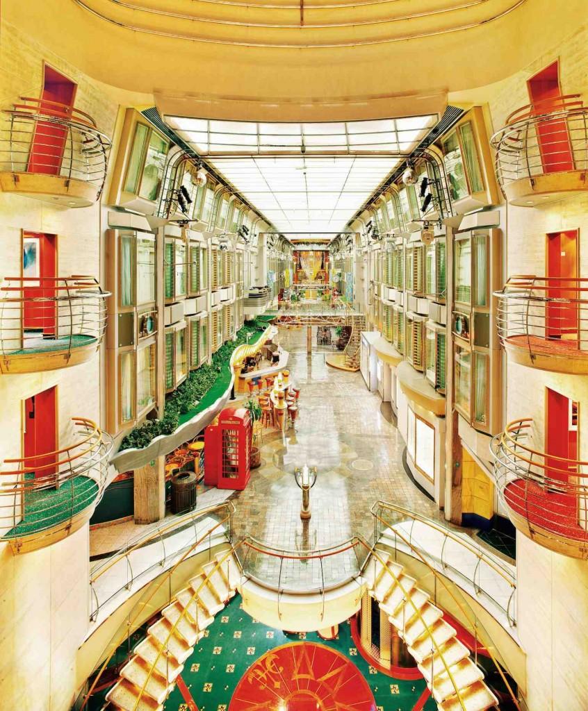 Voyager of the Seas Royal Promenade