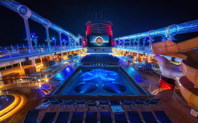 Disney Fantasy Cruise - Tunnel Vision