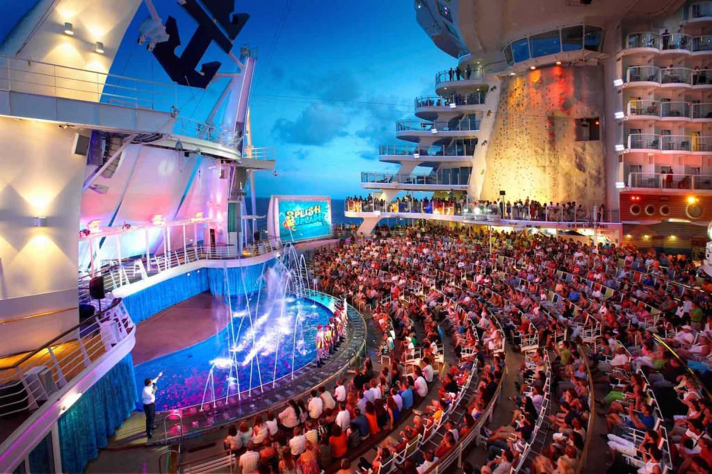 Oasis of the Seas aqua theatre