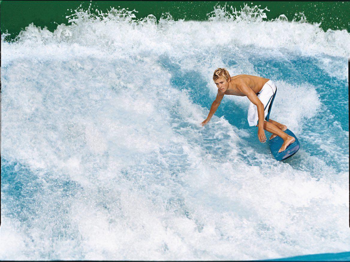 FlowRider surfing Freedom of the Seas