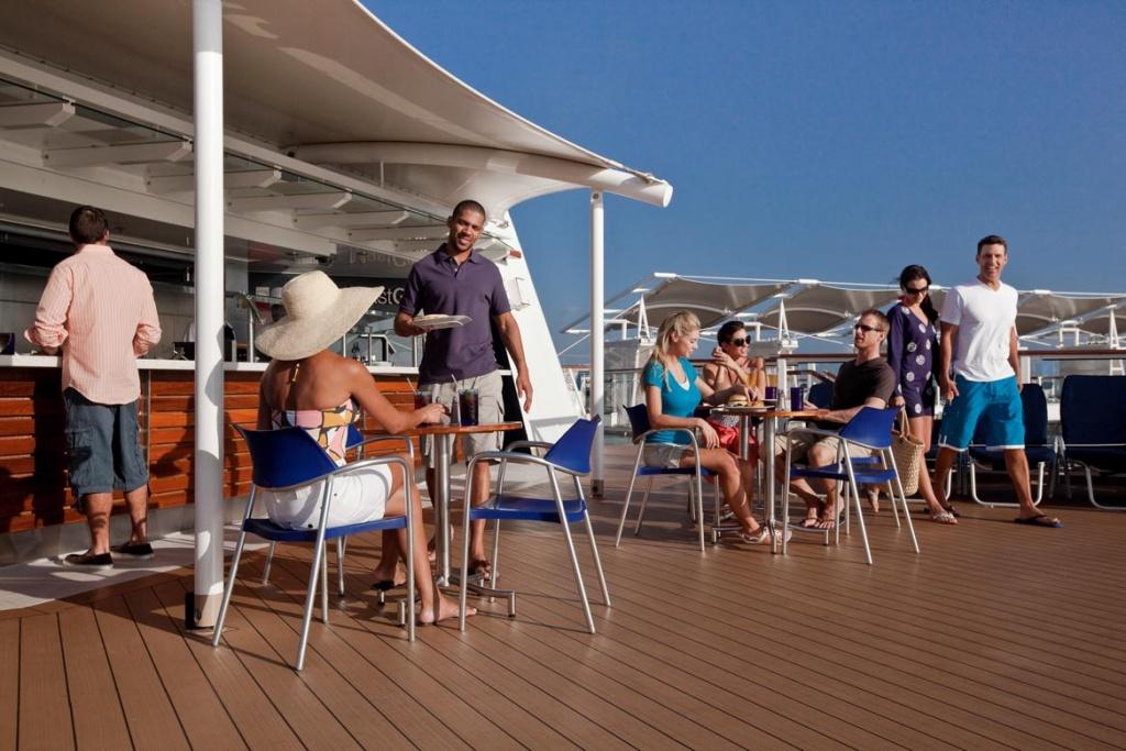 Celebrity Solstice Mast bar