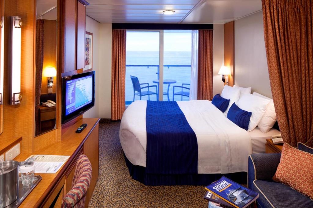 Deluxe Oceanview Stateroom