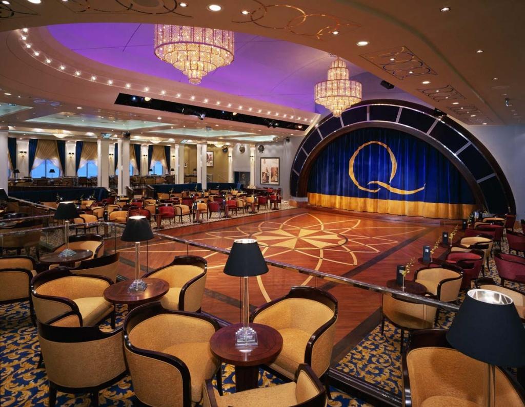 Queen Mary 2 Ballroom
