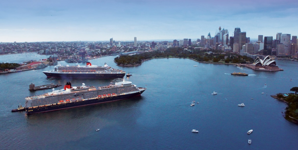 Queen Mary 2 aerial Sydney