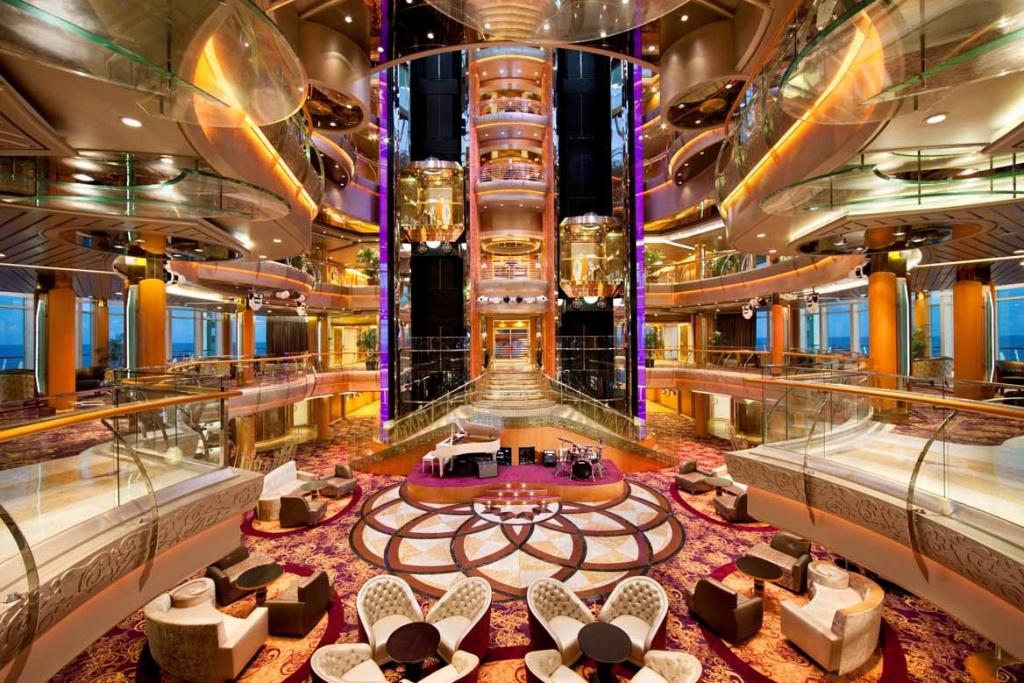 Rhapsody of the Seas Centrum