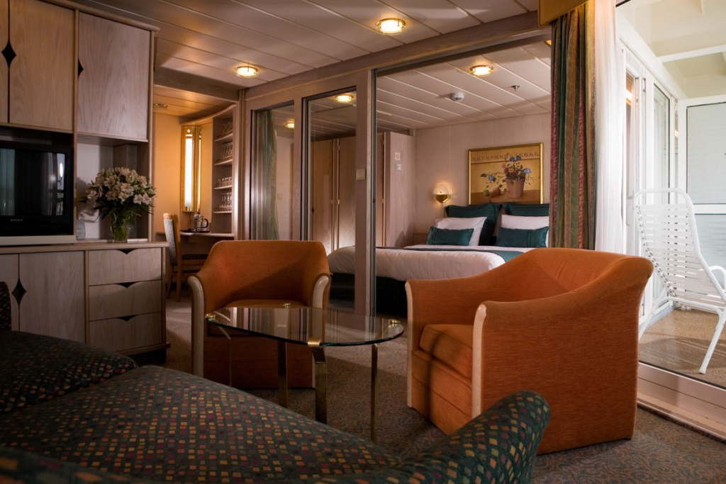 Rhapsody of the Seas Family Suite