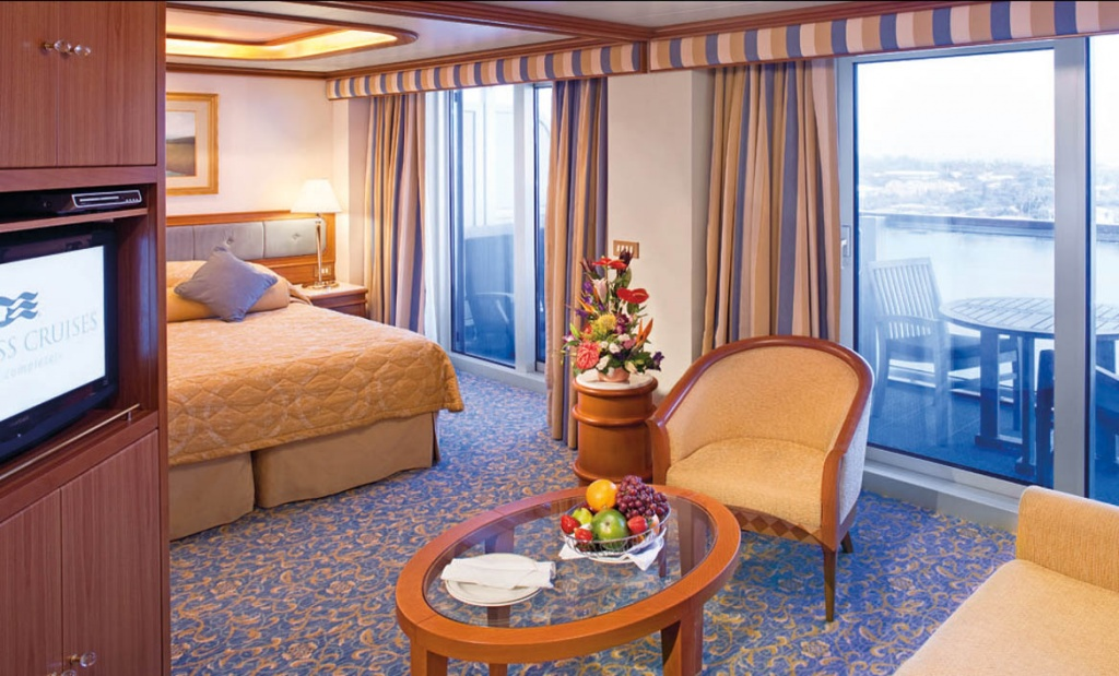 Sea Princess Suite with Balcony