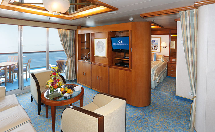 Dawn Princess Suite with Balcony