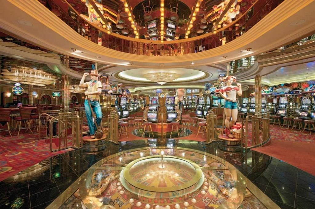 Mariner of the Seas casino