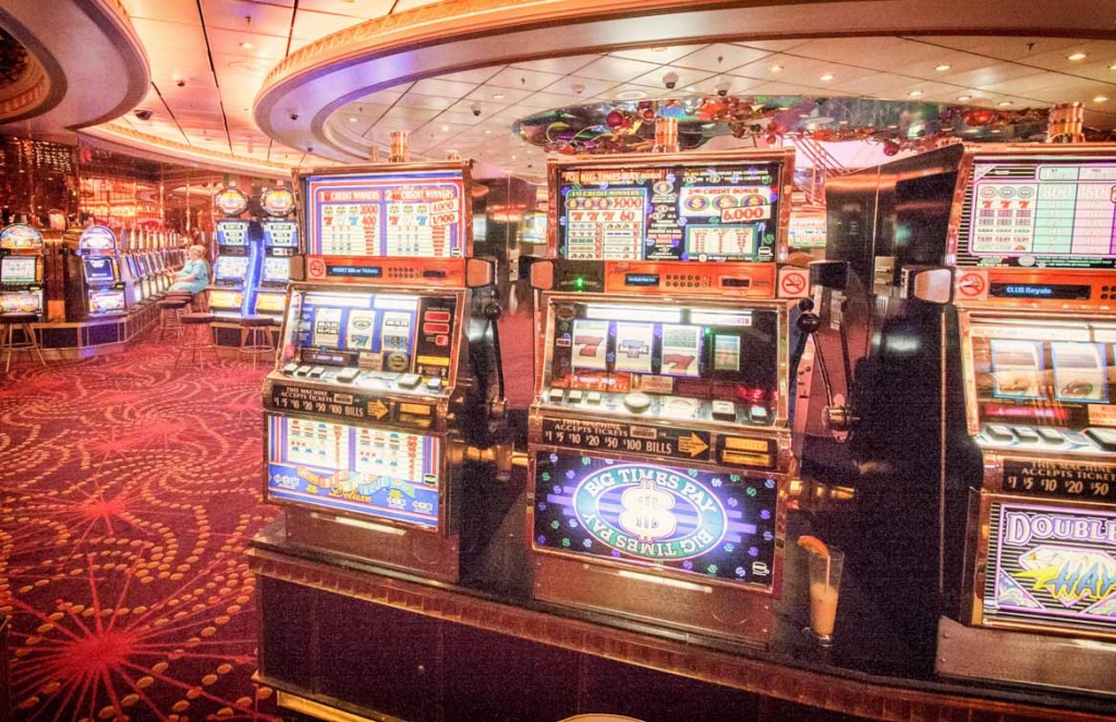 Navigator of the Seas slot machines