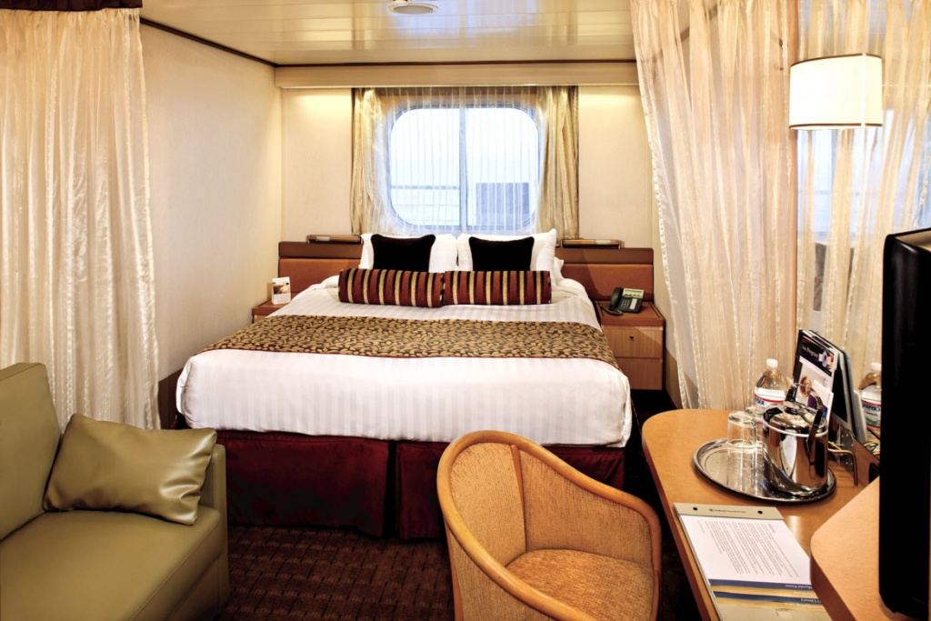 Pacific Aria and Eden oceanview stateroom