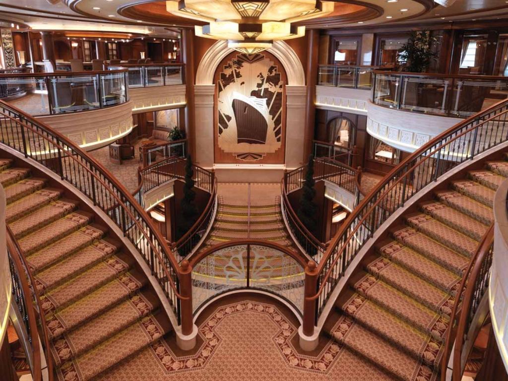 Queen Elizabeth Grand Lobby
