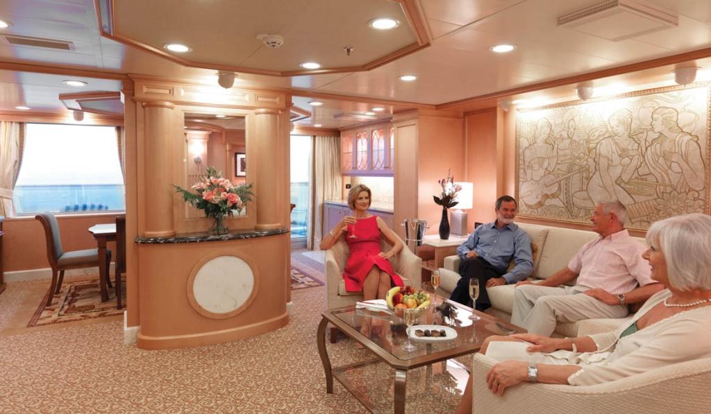 Queen Elizabeth Master Suite