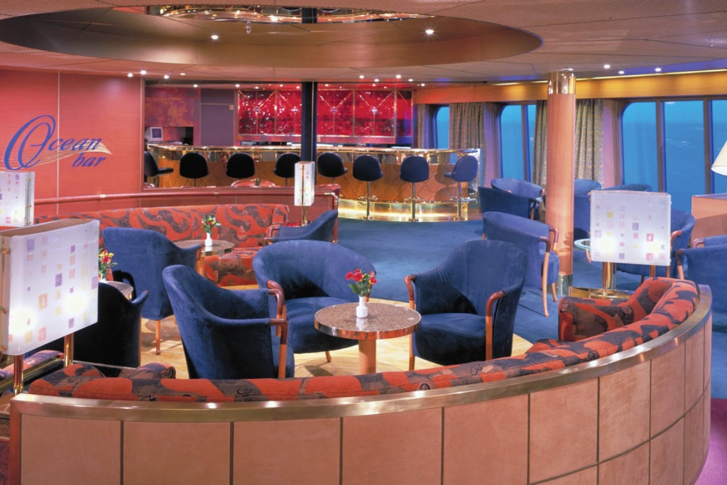 ms Amsterdam Ocean bar
