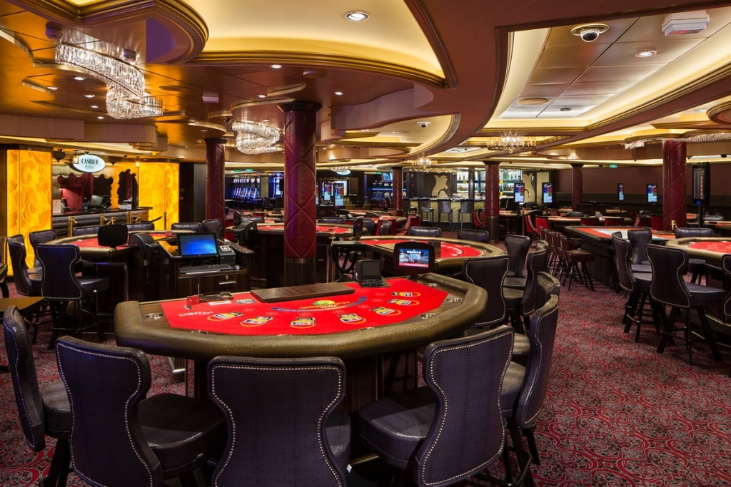 Casino Royale onboard Ovation of the Seas