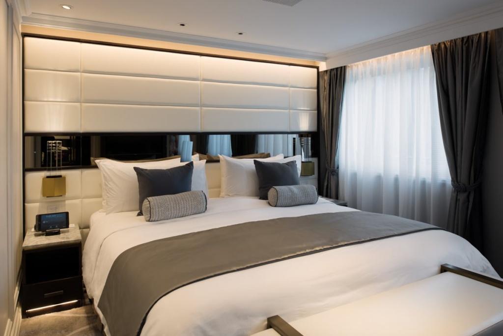 Crystal Esprit Owner's Suite Bedroom