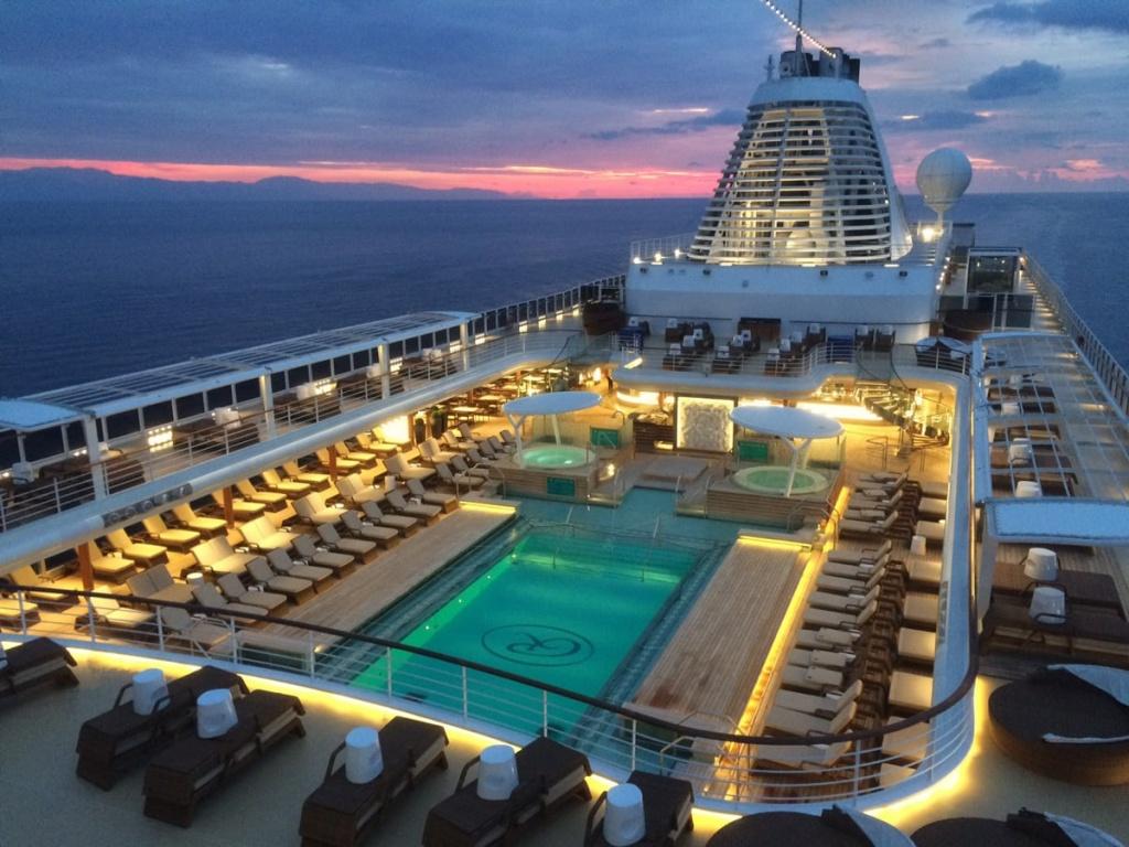 Seven Seas Explorer pool deck