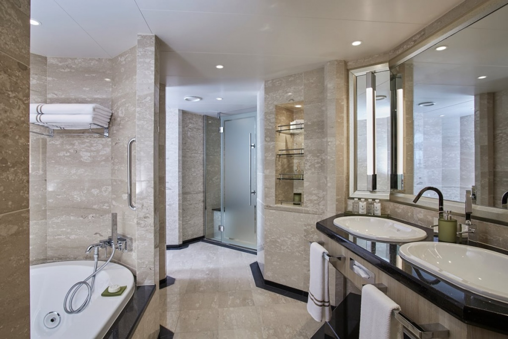 Silver Muse Owner's Suite bathroom